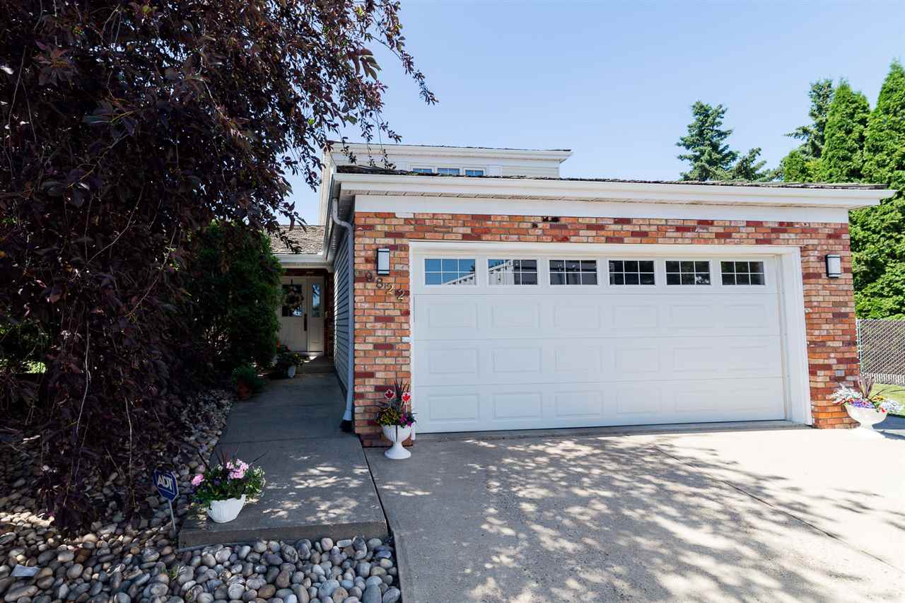Main Photo: 9822 185 Street in Edmonton: Zone 20 House for sale : MLS(r) # E4072799