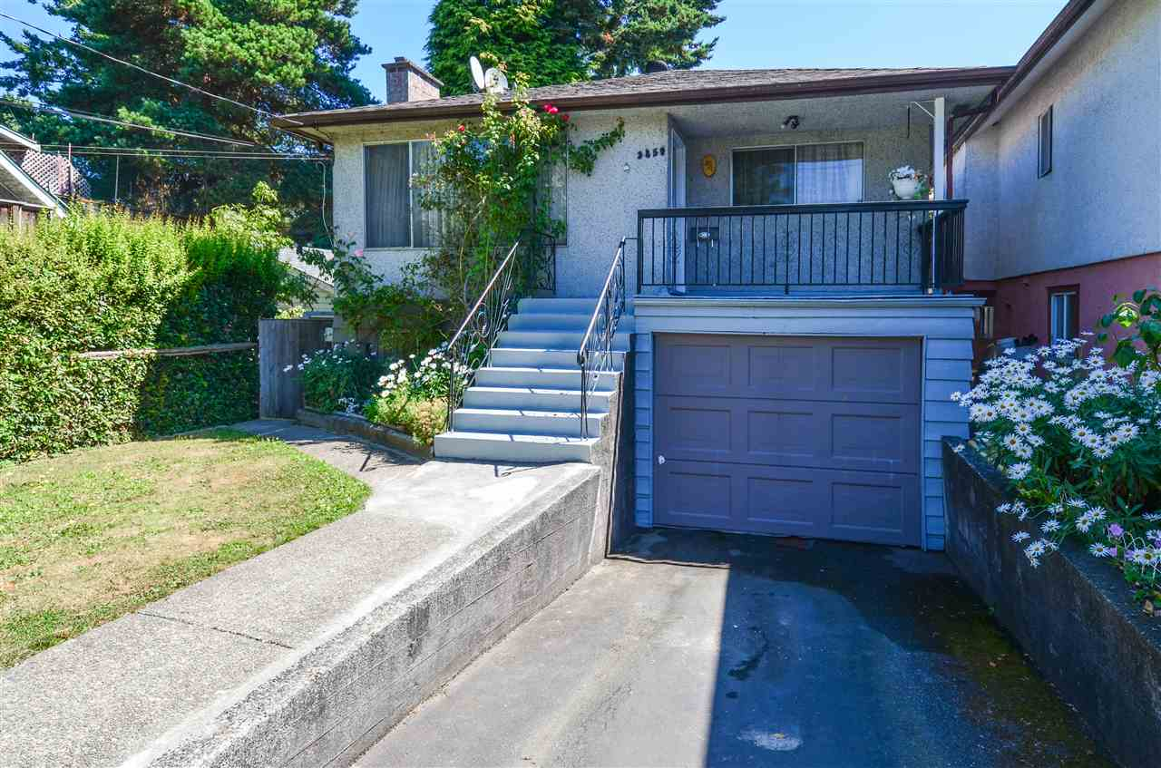 Main Photo: 3850 GLENGYLE Street in Vancouver: Victoria VE House for sale (Vancouver East)  : MLS® # R2193241