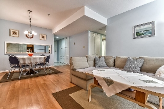 "Main Photo: 303 518 THIRTEENTH Street in New Westminster: Uptown NW Condo for sale in ""Coventry Court"" : MLS® # R2202295"