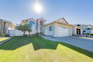 Main Photo: 8919 160 Avenue NW in Edmonton: Zone 28 House for sale : MLS® # E4095784