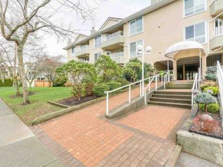 "Main Photo: 114 15875 MARINE Drive: White Rock Condo for sale in ""Ocean Front"" (South Surrey White Rock)  : MLS® # R2240489"