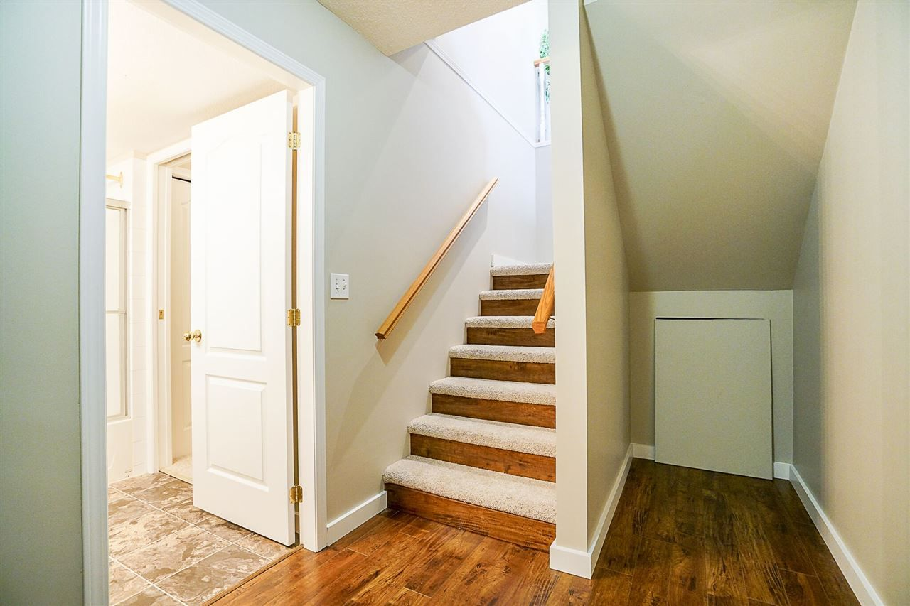 Photo 12: Photos: 71 1973 WINFIELD Drive in Abbotsford: Abbotsford East Townhouse for sale : MLS® # R2243445