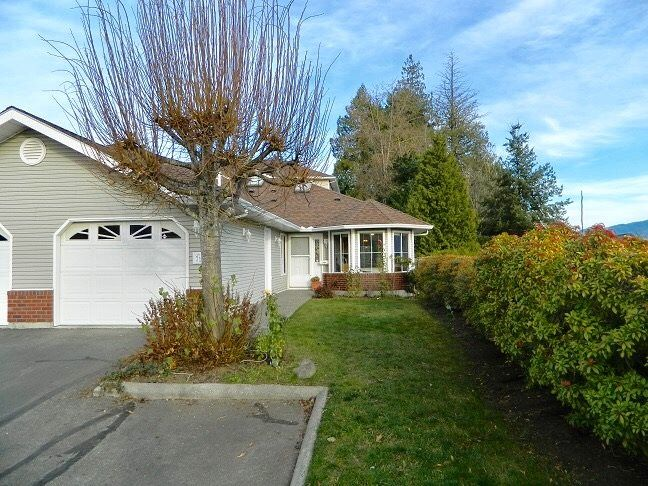 Photo 1: Photos: 71 1973 WINFIELD Drive in Abbotsford: Abbotsford East Townhouse for sale : MLS® # R2243445