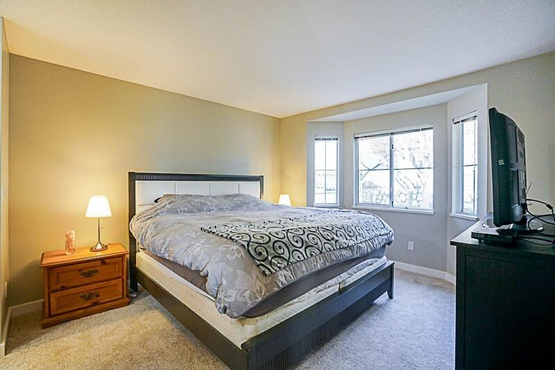Photo 8: Photos: 71 1973 WINFIELD Drive in Abbotsford: Abbotsford East Townhouse for sale : MLS® # R2243445