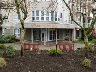 "Main Photo: 301 1588 BEST Street: White Rock Condo for sale in ""Monterey"" (South Surrey White Rock)  : MLS®# R2253146"