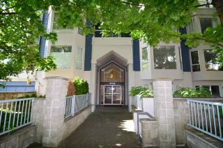 Main Photo: 301 3720 W 8TH Avenue in Vancouver: Point Grey Condo for sale (Vancouver West)  : MLS®# R2286719