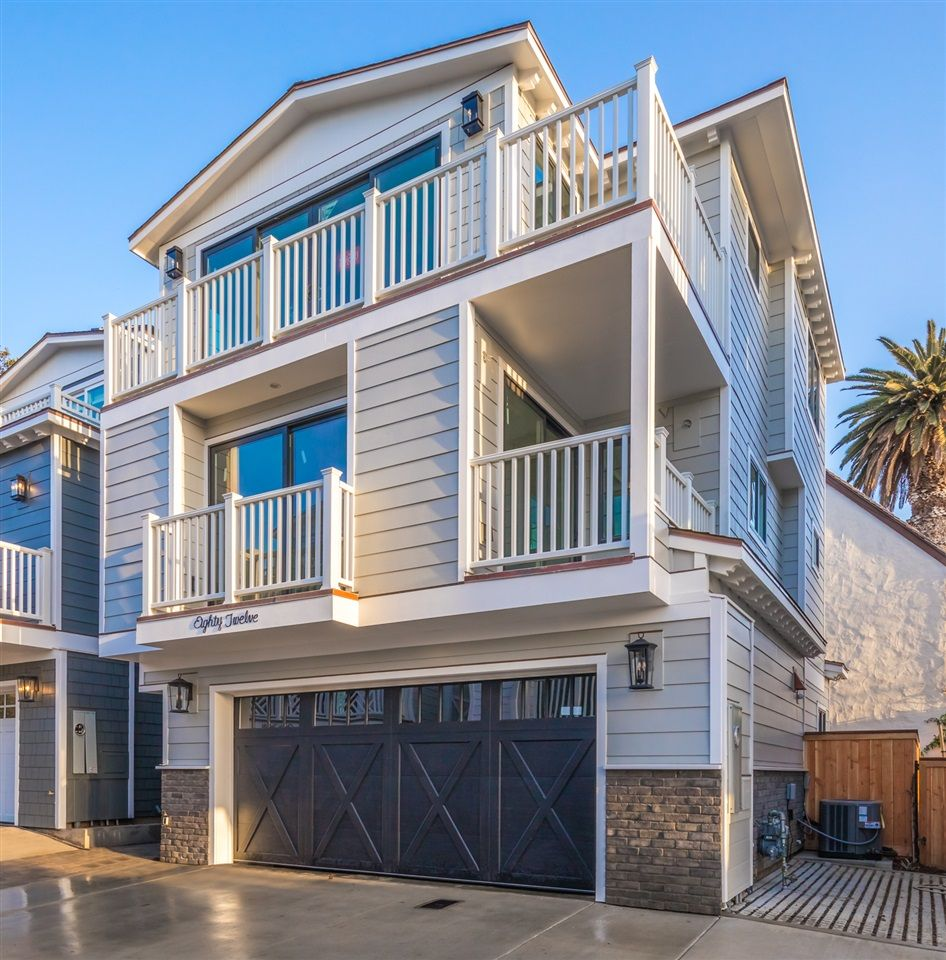 Main Photo: LA JOLLA House for sale : 3 bedrooms : 8012 La Jolla Shores Dr