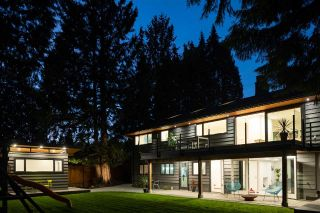 "Main Photo: 615 EVERGREEN Place in North Vancouver: Delbrook House for sale in ""Delbrook"" : MLS®# R2311099"