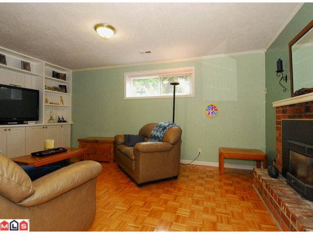 Photo 8: 2274 153A Street in Surrey: King George Corridor House for sale (South Surrey White Rock)  : MLS(r) # F1107990