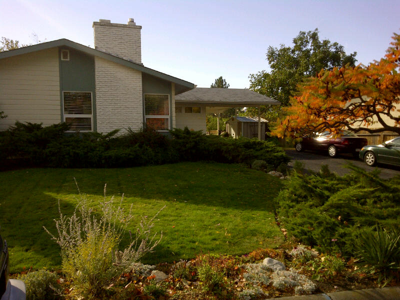 Main Photo: 1348 Naish Drive in Penticton: Columbia/Duncan Residential Detached for sale : MLS® # 140062