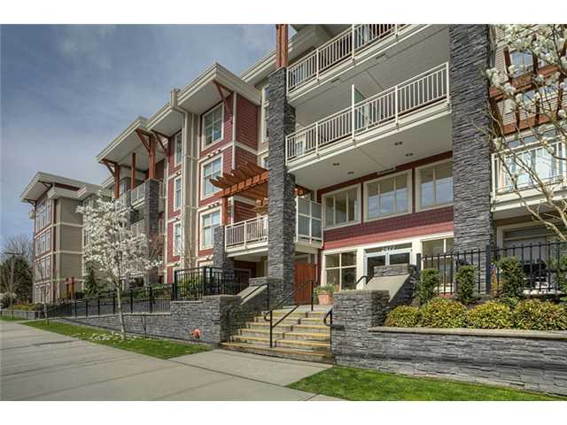 Main Photo: 311 2477 KELLY Avenue in Port Coquitlam: Central Pt Coquitlam Condo for sale : MLS® # V942994