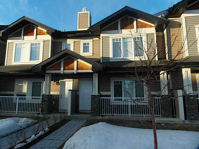 Main Photo: 133 PRESTWICK Villa SE in CALGARY: McKenzie Towne Townhouse for sale (Calgary)  : MLS® # C3601221