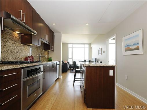 Photo 12: 504 379 Tyee Road in VICTORIA: VW Victoria West Condo Apartment for sale (Victoria West)  : MLS® # 334069
