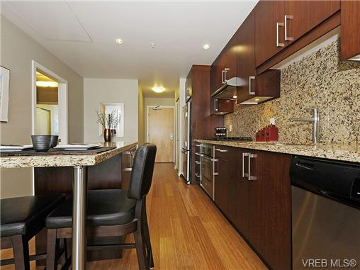 Photo 9: 504 379 Tyee Road in VICTORIA: VW Victoria West Condo Apartment for sale (Victoria West)  : MLS® # 334069