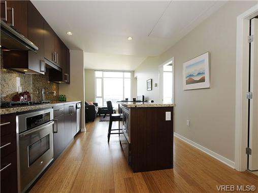 Photo 10: 504 379 Tyee Road in VICTORIA: VW Victoria West Condo Apartment for sale (Victoria West)  : MLS® # 334069