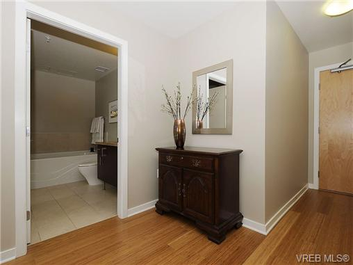 Photo 16: 504 379 Tyee Road in VICTORIA: VW Victoria West Condo Apartment for sale (Victoria West)  : MLS® # 334069