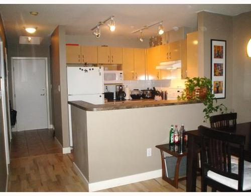 Photo 2: 405 2983 4TH Ave in Vancouver West: Kitsilano Home for sale ()  : MLS® # V797015
