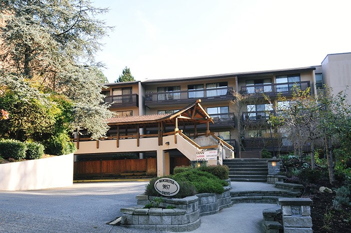 "Main Photo: 507 9857 MANCHESTER Drive in Burnaby: Cariboo Condo for sale in ""Barclay Woods"" (Burnaby North)  : MLS®# R2008990"