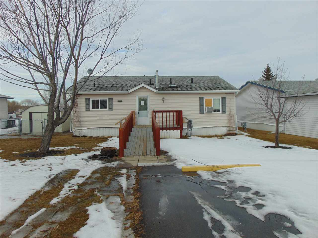 Main Photo: : Rural Parkland County Mobile for sale : MLS® # E4052256
