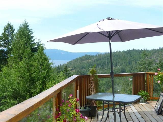 "Photo 5: Photos: 4844 HOTEL LAKE Road in Pender Harbour: Pender Harbour Egmont House for sale in ""GARDEN BAY"" (Sunshine Coast)  : MLS®# R2154492"