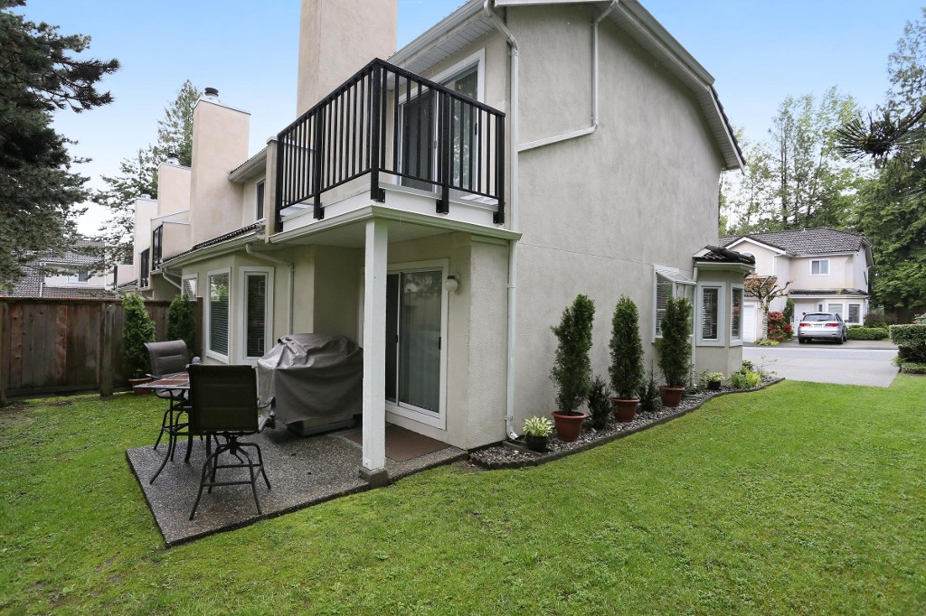"Photo 20: 1 10050 154 Street in Surrey: Guildford Townhouse for sale in ""Woodland Grove"" (North Surrey)  : MLS(r) # R2169167"