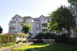 "Main Photo: 401 2620 JANE Street in Port Coquitlam: Central Pt Coquitlam Condo for sale in ""JANE GARDEN"" : MLS(r) # R2173675"