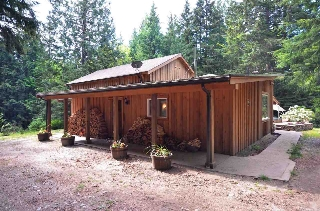 Main Photo: 2270 PORT MELLON Highway in Gibsons: Gibsons & Area House for sale (Sunshine Coast)  : MLS(r) # R2178740