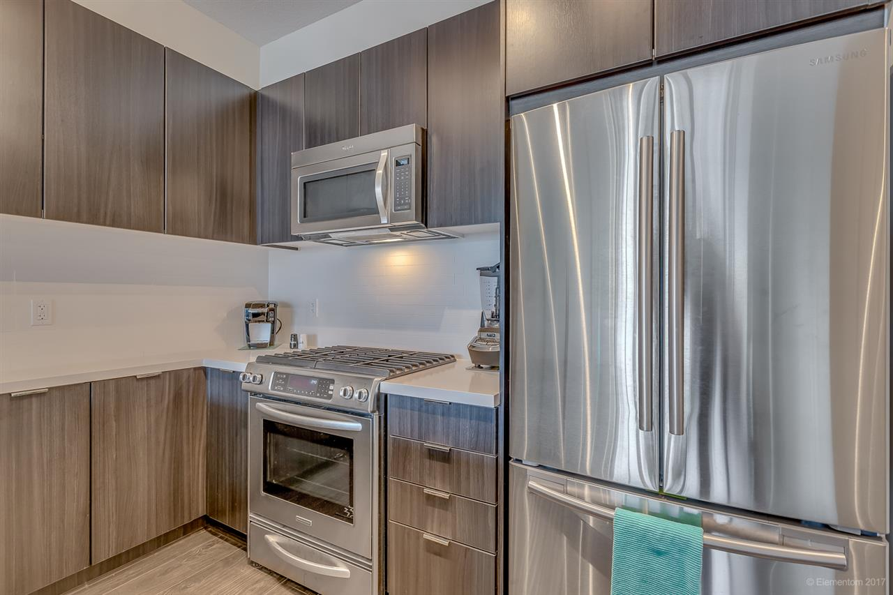 "Photo 6: 318 3107 WINDSOR Gate in Coquitlam: New Horizons Condo for sale in ""BRADLEY HOUSE AT WINDSOR GATE"" : MLS® # R2184767"