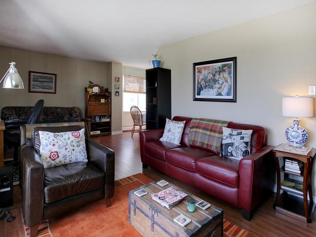 Photo 6: 9725 106 ST NW in Edmonton: Zone 12 Condo for sale