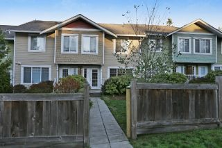 "Main Photo: 10 6110 138 Street in Surrey: Sullivan Station Townhouse for sale in ""Seneca Woods"" : MLS®# R2217347"