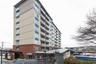 "Main Photo: 411 200 KEARY Street in New Westminster: Sapperton Condo for sale in ""ANVIL"" : MLS® # R2227223"