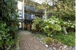 Main Photo: 302 2545 LONSDALE Avenue in North Vancouver: Upper Lonsdale Condo for sale : MLS®# R2265023