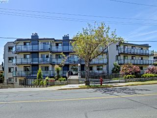 Main Photo: 407 1241 Fairfield Road in VICTORIA: Vi Fairfield West Condo Apartment for sale (Victoria)  : MLS®# 391803
