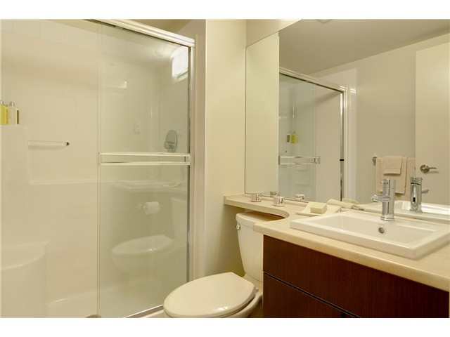 "Photo 10: # 428 1633 MACKAY AV in North Vancouver: Pemberton NV Condo for sale in ""TOUCHSTONE"" : MLS(r) # V903804"