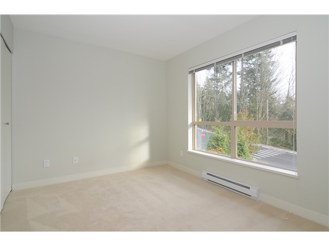 "Photo 9: # 428 1633 MACKAY AV in North Vancouver: Pemberton NV Condo for sale in ""TOUCHSTONE"" : MLS(r) # V903804"