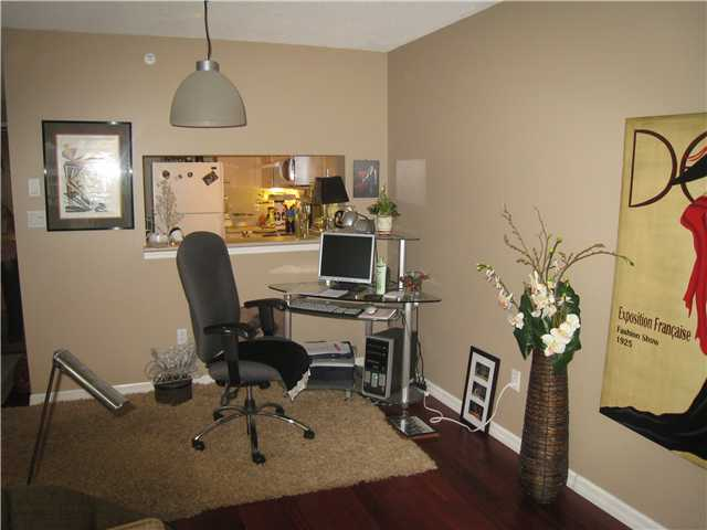 "Photo 4: 304 1148 HEFFLEY Crescent in Coquitlam: North Coquitlam Condo for sale in ""THE CENTURA"" : MLS(r) # V919095"