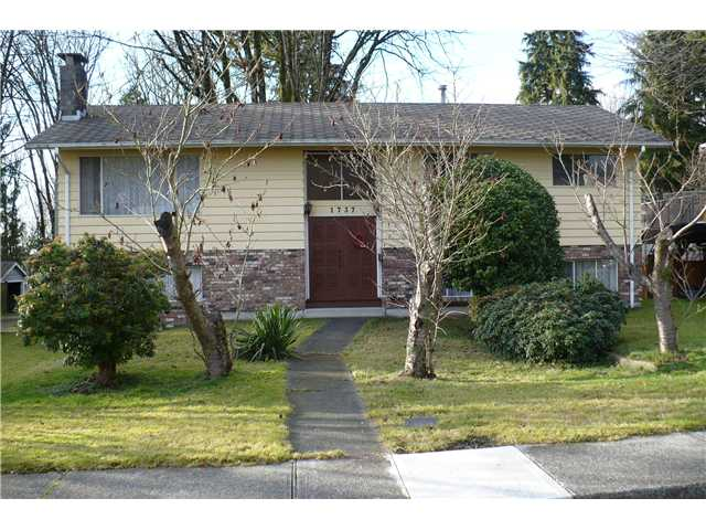 Photo 1: Photos: 1737 BEWICKE AV in North Vancouver: Hamilton House for sale : MLS® # V925533