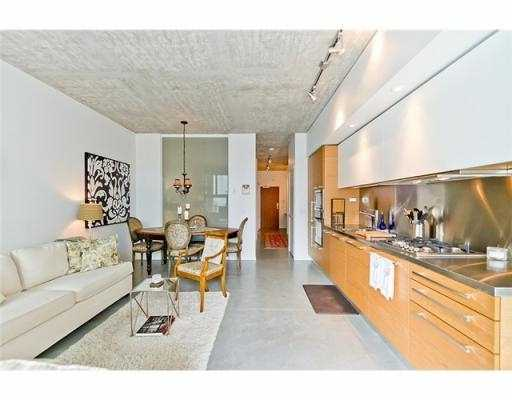 Photo 7: 104 388 W 1ST Avenue in Vancouver: False Creek Condo for sale (Vancouver West)  : MLS(r) # V979976