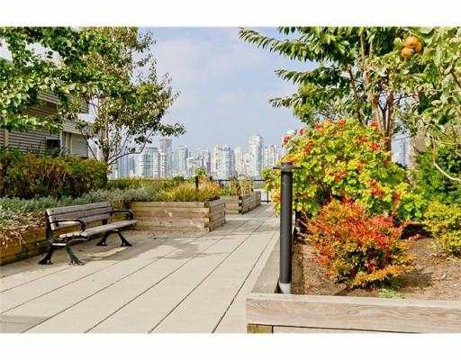 Photo 9: 104 388 W 1ST Avenue in Vancouver: False Creek Condo for sale (Vancouver West)  : MLS® # V979976
