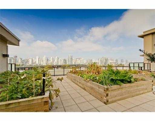 Photo 10: 104 388 W 1ST Avenue in Vancouver: False Creek Condo for sale (Vancouver West)  : MLS(r) # V979976