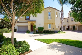 Main Photo: CARLSBAD EAST Townhome for sale : 3 bedrooms : 4003 Backshore Court in Carlsbad