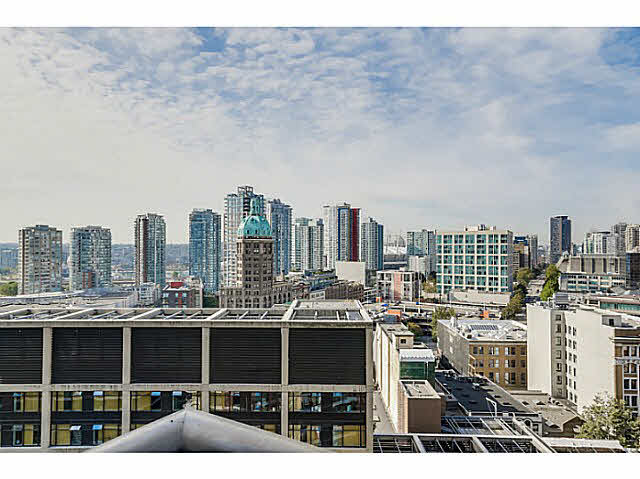 "Photo 9: 2108 128 W CORDOVA Street in Vancouver: Downtown VW Condo for sale in ""WOODWARDS W-43"" (Vancouver West)  : MLS(r) # V1140977"