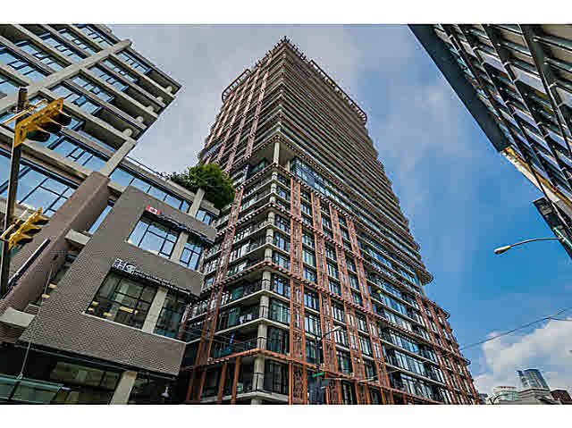 "Main Photo: 2108 128 W CORDOVA Street in Vancouver: Downtown VW Condo for sale in ""WOODWARDS W-43"" (Vancouver West)  : MLS®# V1140977"