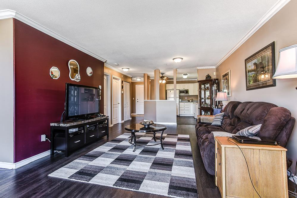"Photo 2: 507 22230 NORTH Avenue in Maple Ridge: West Central Condo for sale in ""SOUTHRIDGE TERRACE"" : MLS® # R2052214"