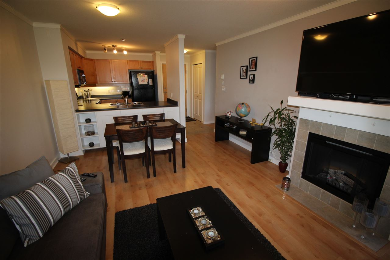 "Photo 3: 307 808 SANGSTER Place in New Westminster: The Heights NW Condo for sale in ""BROCKTON AT THE HEIGHTS"" : MLS® # R2086761"