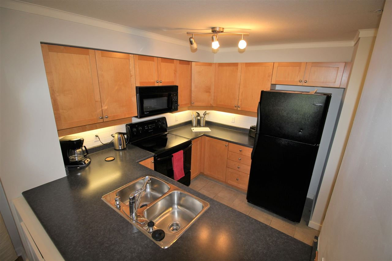 "Photo 8: 307 808 SANGSTER Place in New Westminster: The Heights NW Condo for sale in ""BROCKTON AT THE HEIGHTS"" : MLS® # R2086761"