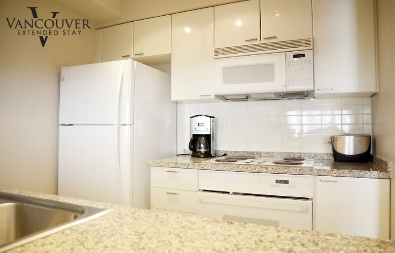 "Photo 9: 1804 1200 ALBERNI Street in Vancouver: West End VW Condo for sale in ""The Palisades"" (Vancouver West)  : MLS(r) # R2093758"