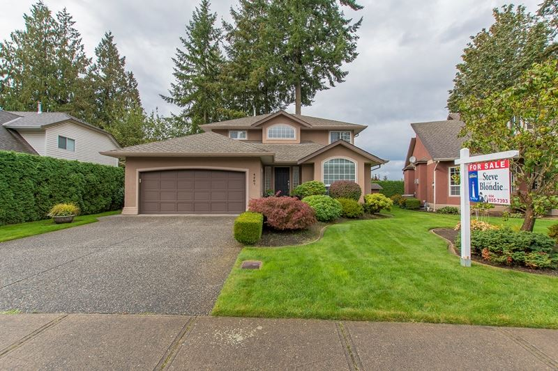 "Main Photo: 4207 GOODCHILD Street in Abbotsford: Abbotsford East House for sale in ""SANDYHILL"" : MLS(r) # R2114882"