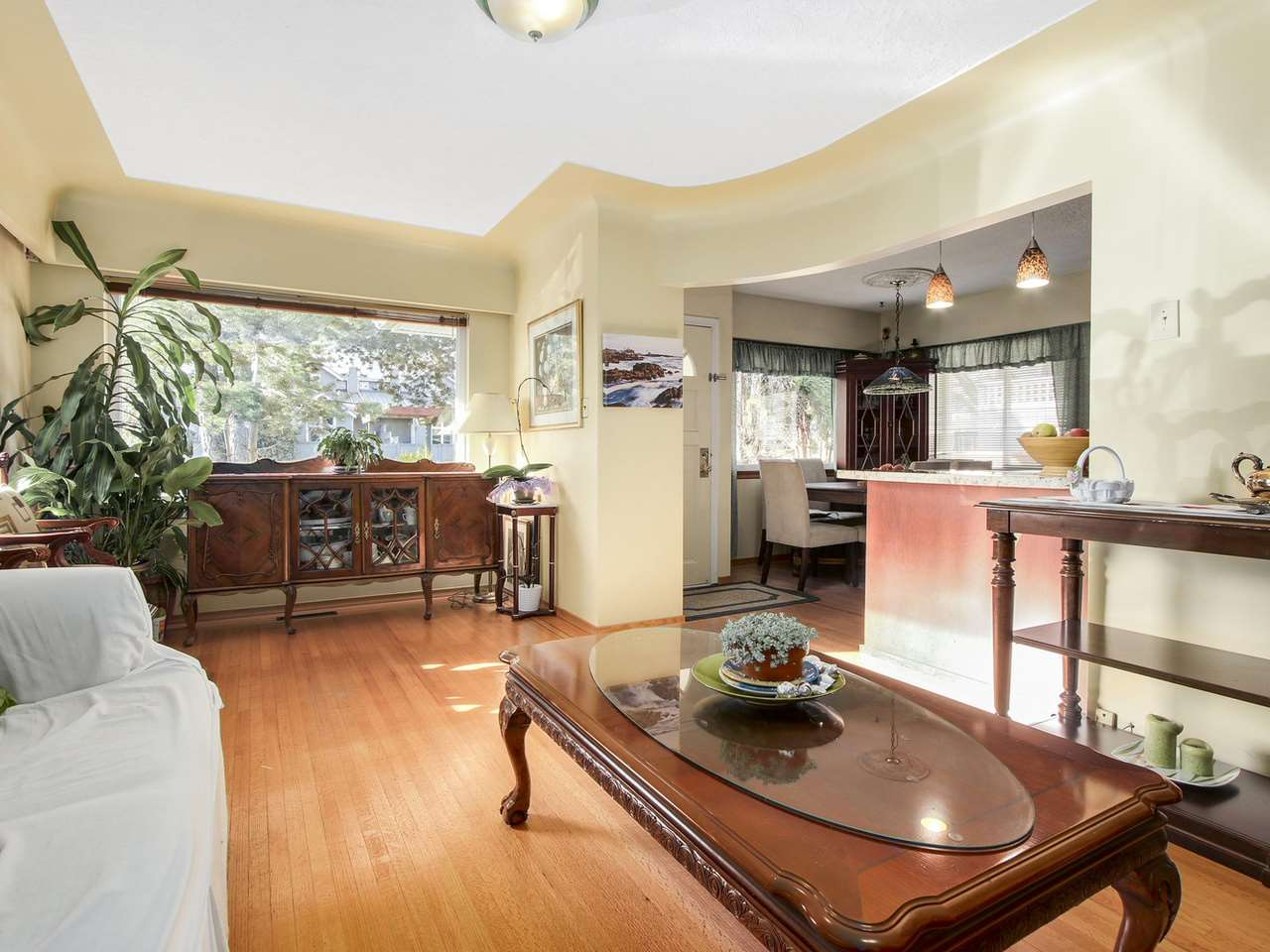 Photo 7: Photos: 1520 MACGOWAN Avenue in North Vancouver: Norgate House for sale : MLS®# R2137032