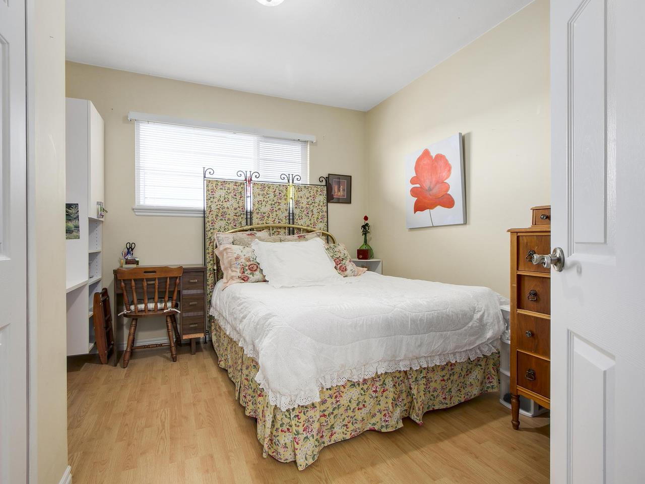 Photo 12: Photos: 1520 MACGOWAN Avenue in North Vancouver: Norgate House for sale : MLS® # R2137032